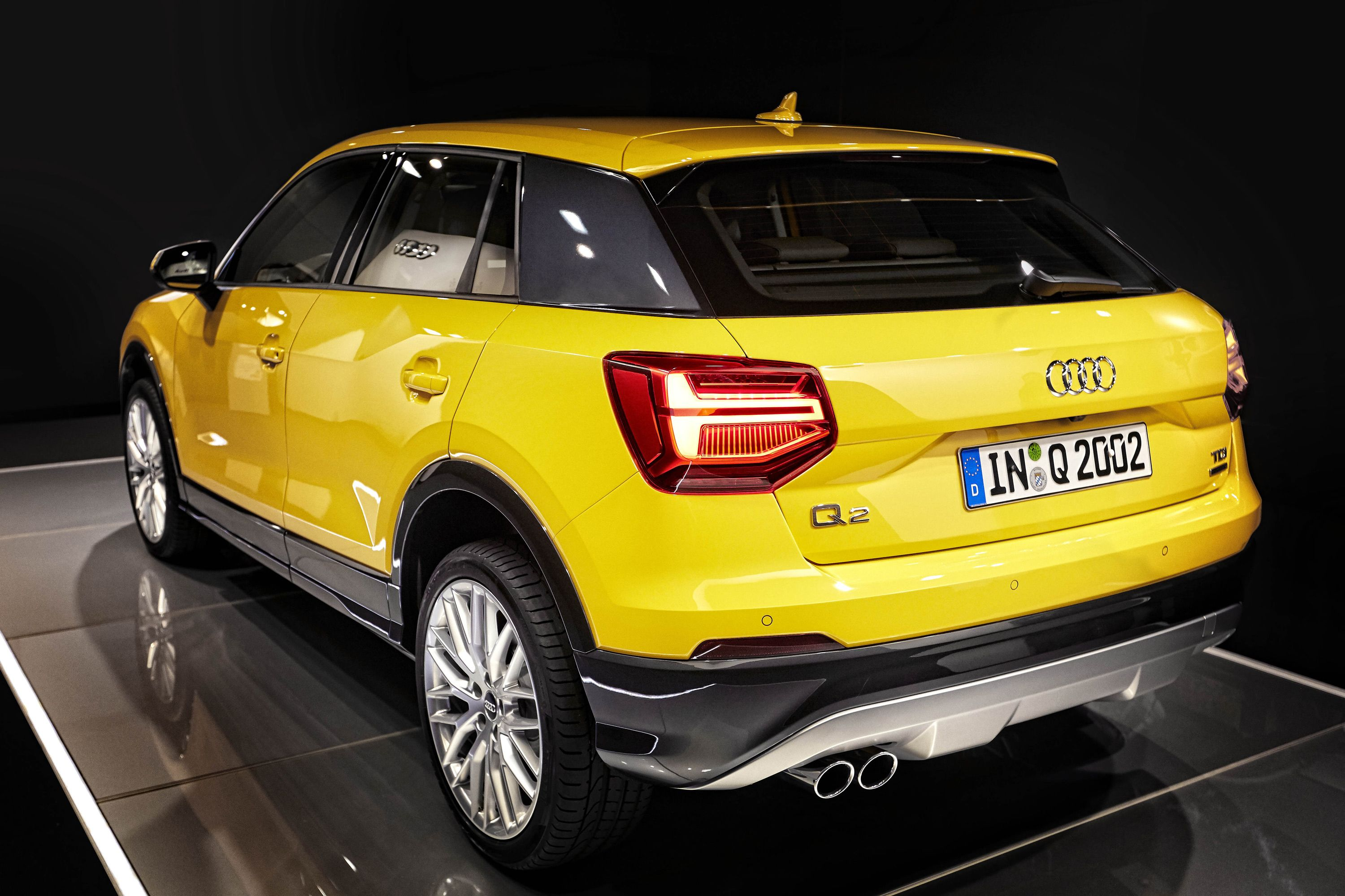 audi s q2 is a sporty city friendly crossover suv british gq. Black Bedroom Furniture Sets. Home Design Ideas