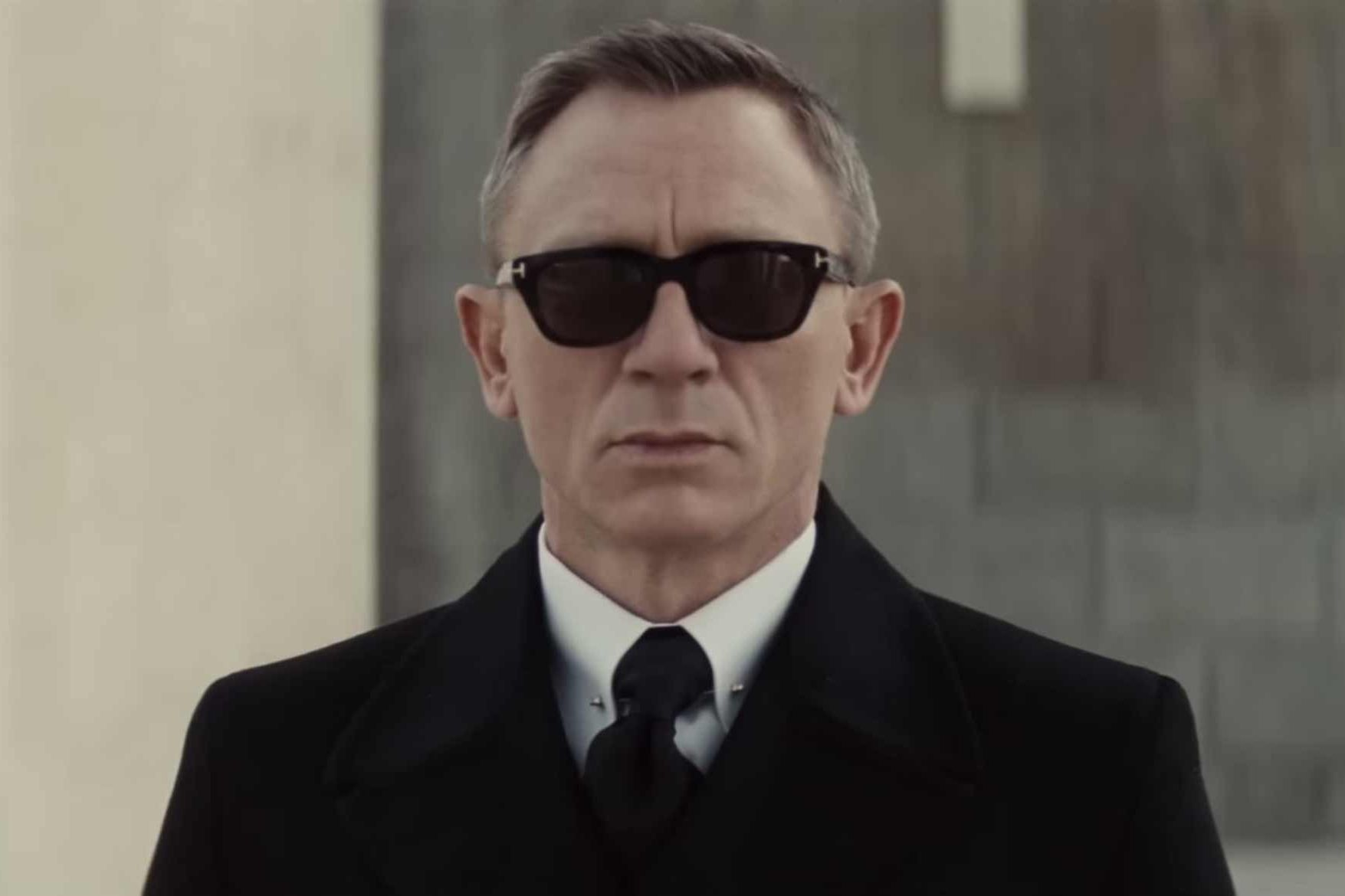james bond�s spectre sunglasses are super slick and