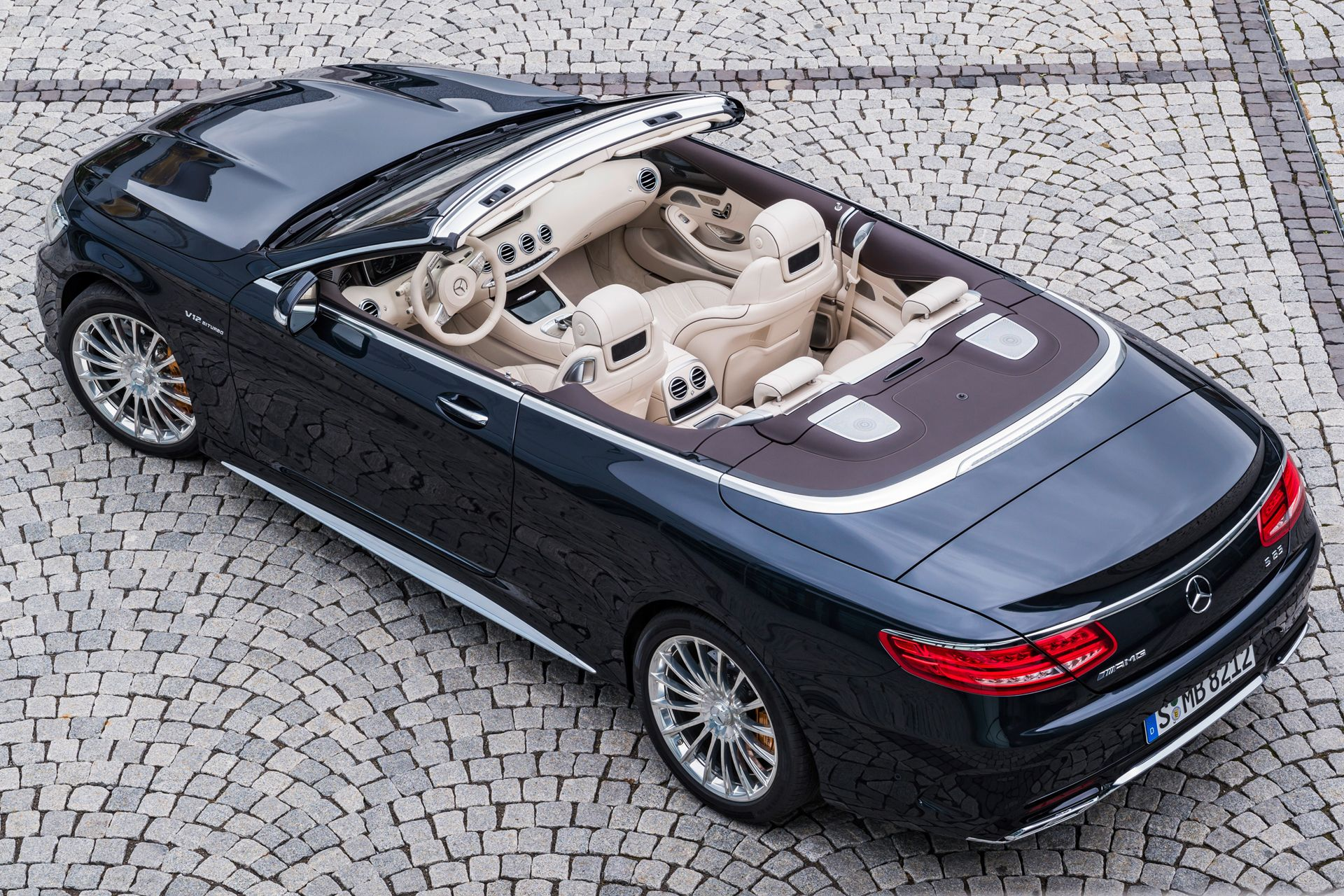 mercedes s class cabriolet review can it make the s class cool again british gq. Black Bedroom Furniture Sets. Home Design Ideas